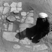 Hajji Naqshband Rajabi in the courtyard, 1962 ©Italian Archaeological Mission in Afghanistan