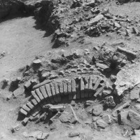 Collapsed arch in the east area of the courtyard, 1962 ©Italian Archaeological Mission in Afghanistan