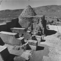 West area of courtyard with antechambers and ziyara of Ibrahim in 1962 ©IsIAO archives Ghazni/Tapa Sardar Project 2014