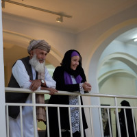 Hajji Naqshband Rajabi and R. Giunta at the Kabul National Museum, 2012 ©IsIAO archives Ghazni/Tapa Sardar Project 2014